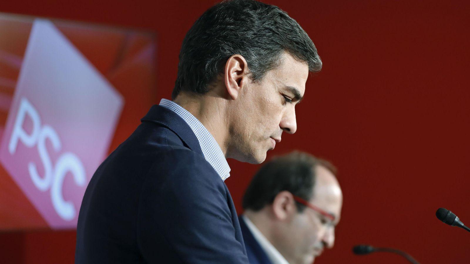 Foto: El secretario general del PSOE, Pedro Sánchez, y el primer secretario del PSC, Miquel Iceta. (EFE)
