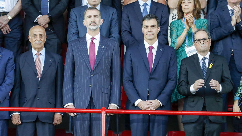 Foto: Quim Torra, junto al presidente del Gobierno Pedro Sánchez y el rey Felipe VI. (EFE)