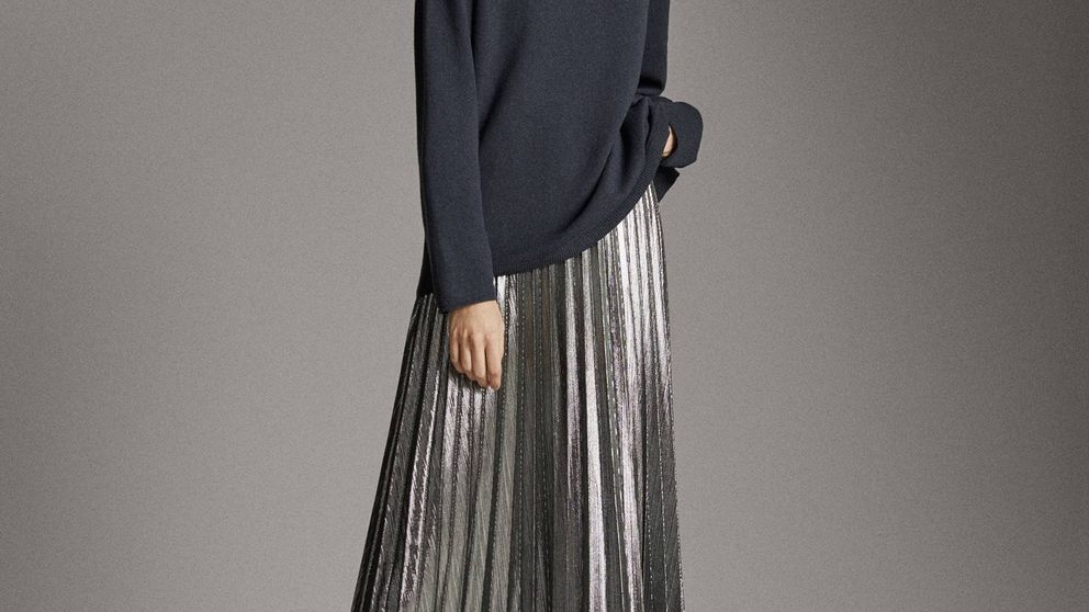 La falda plisada más festiva está en Massimo Dutti y querrás ficharla para cualquier evento