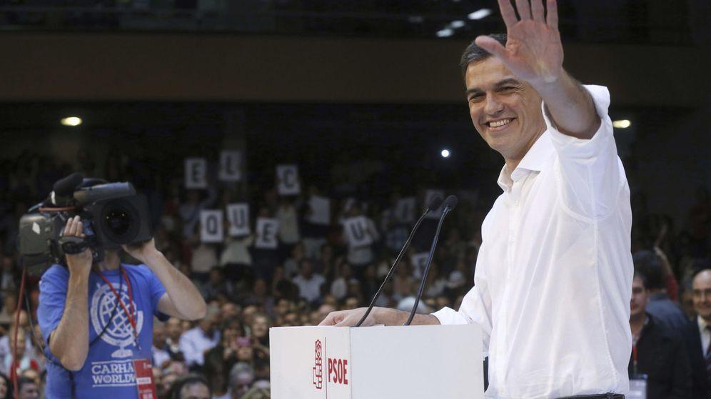 Foto: Pedro Sánchez, en la presentación de las candidaturas socialistas a las generales, este 18 de octubre en el polideportivo Magariños de Madrid. (EFE)