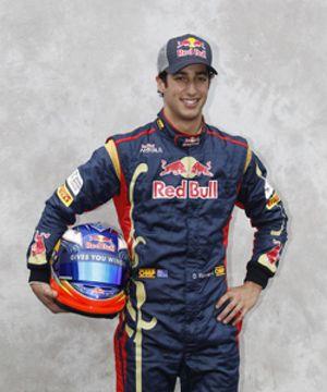 Ricciardo sustituirá a Karthikeyan en Hispania para el GP de Gran Bretaña