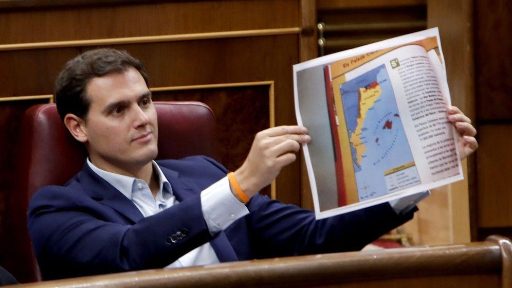 Foto: El presidente de Ciudadanos, Albert Rivera, durante el pleno del Congreso de los Diputados. (EFE)