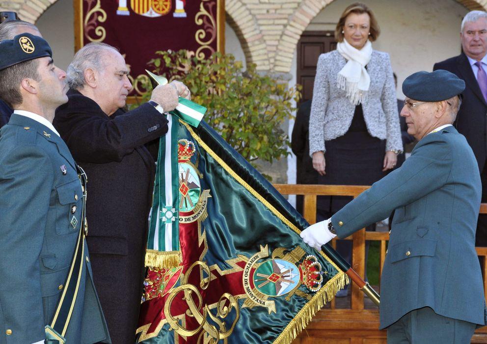 Foto: El ministro del Interior, Jorge Fernández Díaz, en un acto de reconocimiento del Servicio de Montaña de la Guardia Civil (EFE)