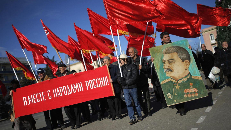 Marcha por el aniversario del nacimiento de Stalin en su ciudad natal, Gori, en Georgia (Reuters)