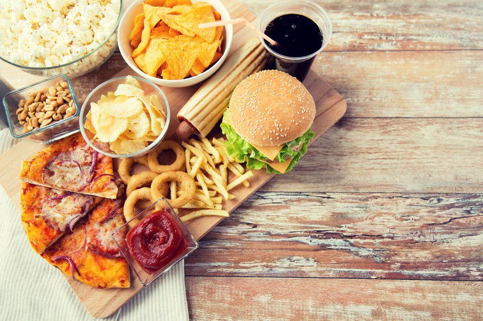 Foto: La atracción por la comida rápida va más allá de su sabor. (iStock)
