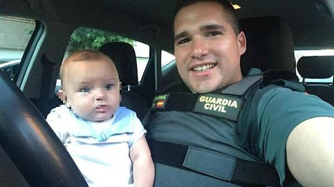 Un guardia civil fuera de servicio en Madrid salva la vida a un bebé de 6 meses en parada