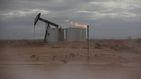 El petróleo se desploma hasta un 7% y el barril llega a los 25 dólares
