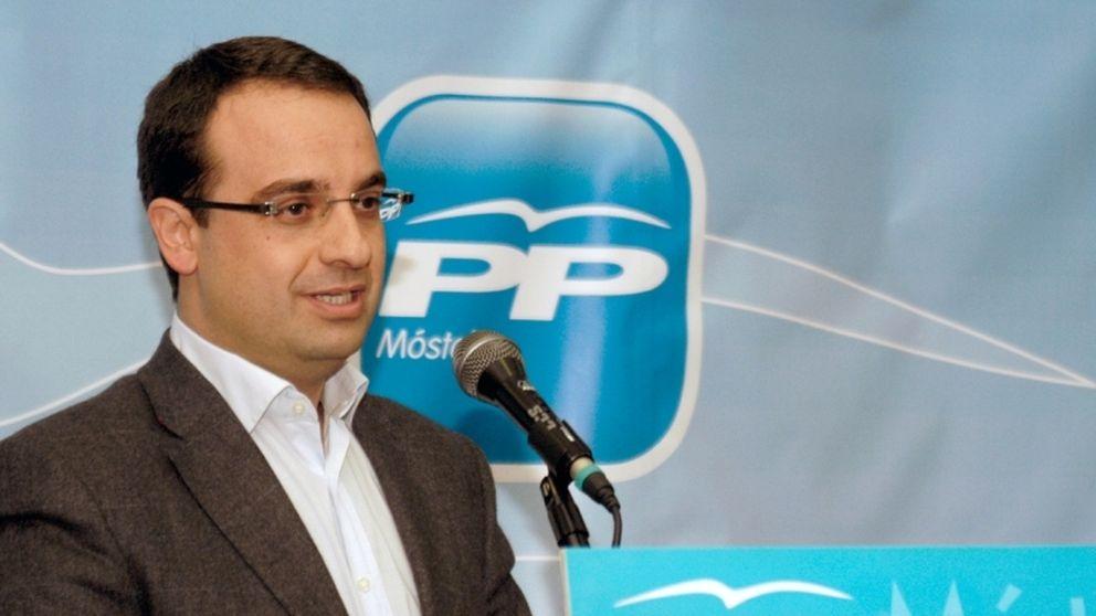 Pacto de PP, PSOE e IU: trabajar menos por lo mismo en Móstoles
