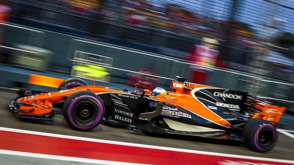 Foto: Fernando Alonso llegó a la octava posición en la sesión clasificatoria del GP de Singapur. (EFE)