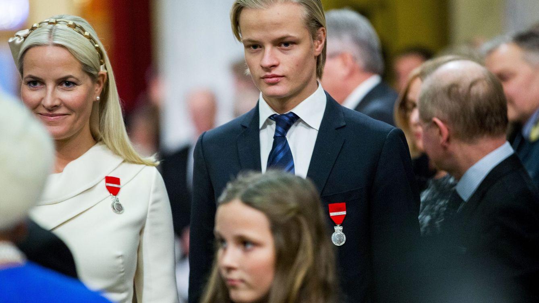 El hijo de Mette-Marit, irreconocible: el cambio de look de Marius Borg