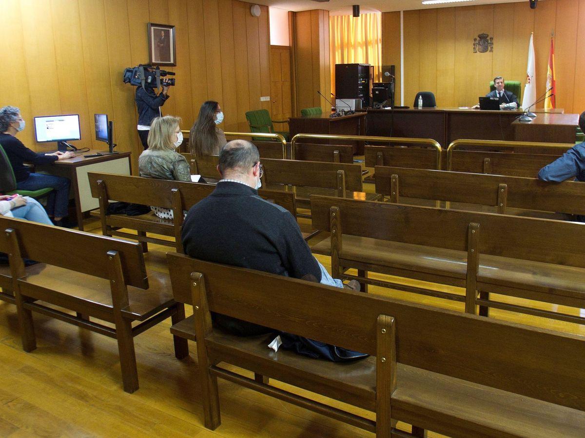 Foto: Primer juicio plenamente telemático en Galicia. (EFE)