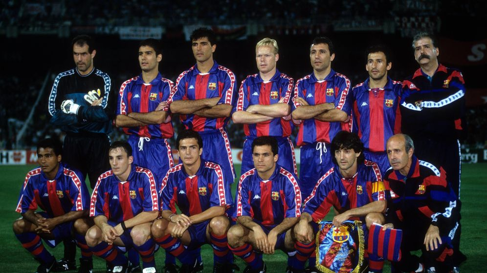 Foto: Plantilla del FC Barcelona en la temporada 1993-1994 con la equipación de Kappa. (Imago)