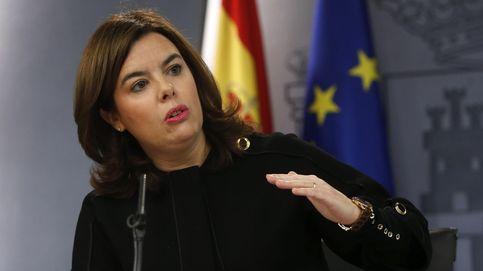 Duelo de meninas: Soraya suple a Rajoy en TV y Díaz alecciona a Sánchez