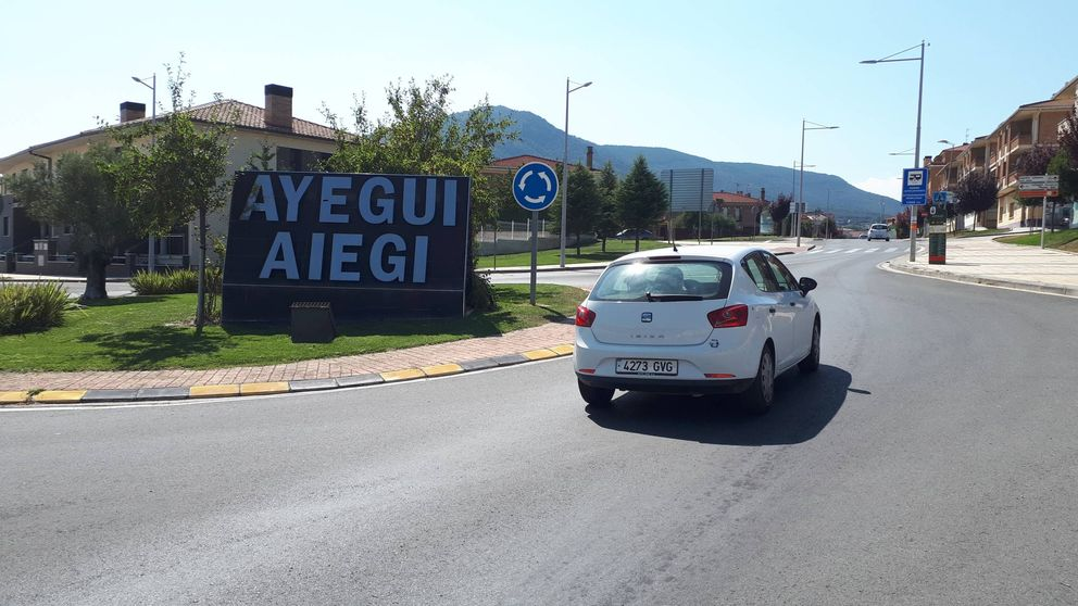 Entre sentido común y tontería: un pueblo navarro somete el euskera a referéndum