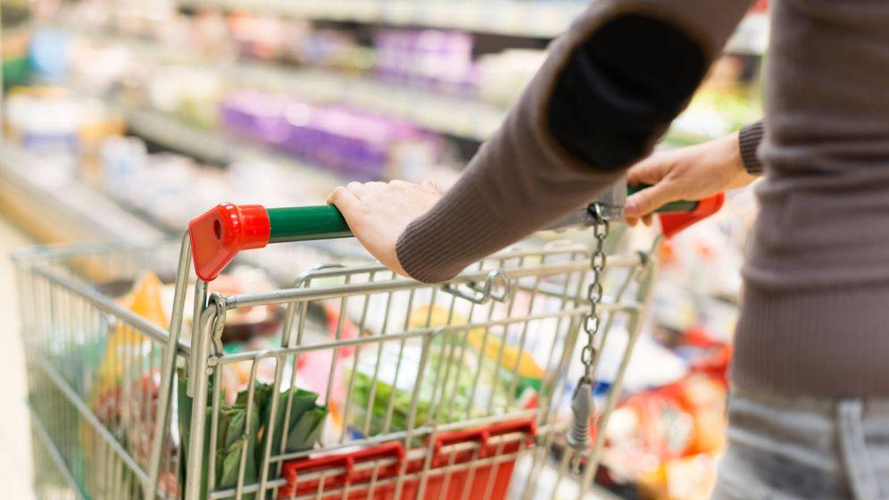 Foto: Saber elegir lo que es necesario nos ayudará a economizar notablemente a la larga. (iStock)