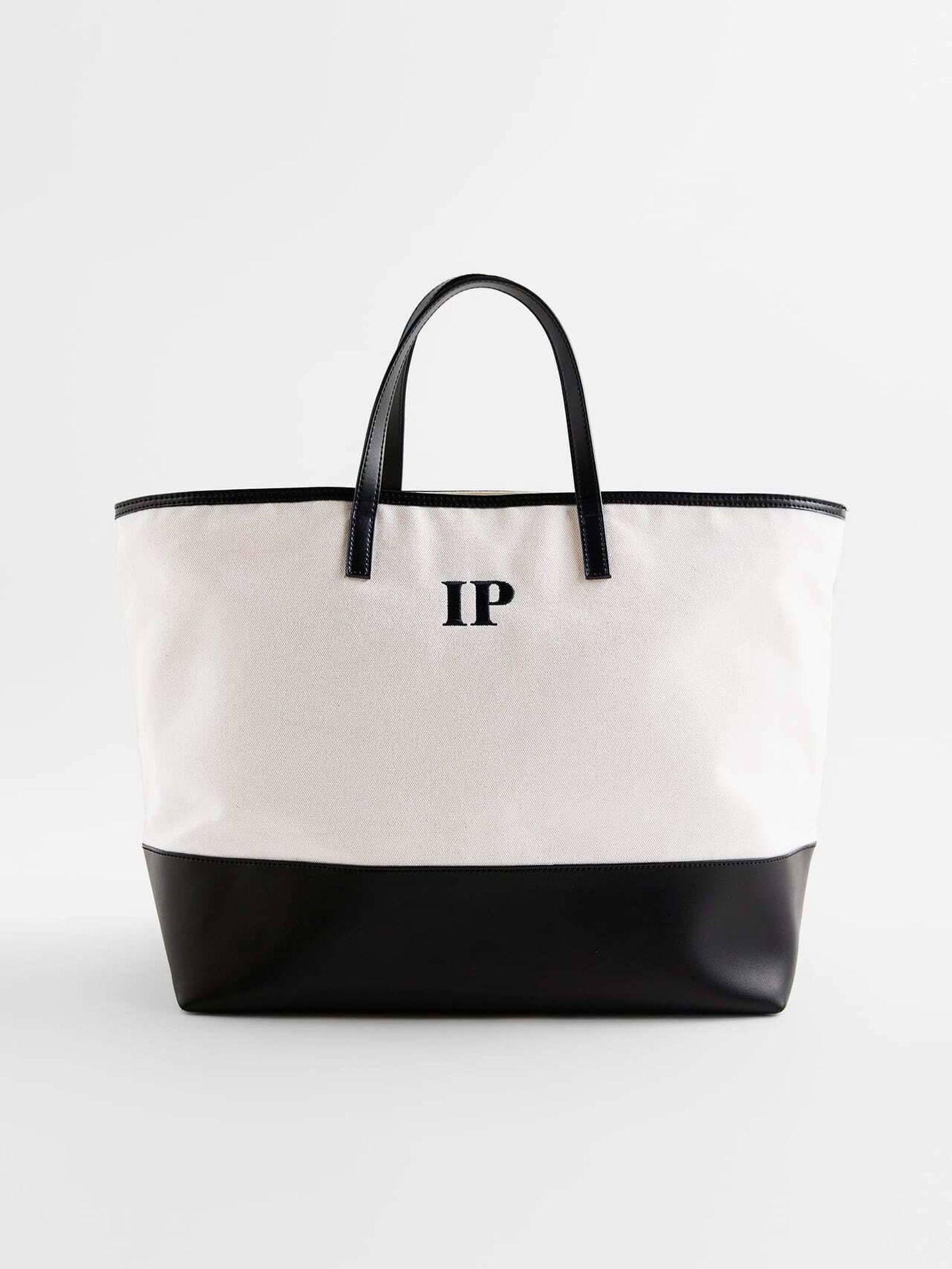 El bolso personalizado de Zara. (Cortesía)