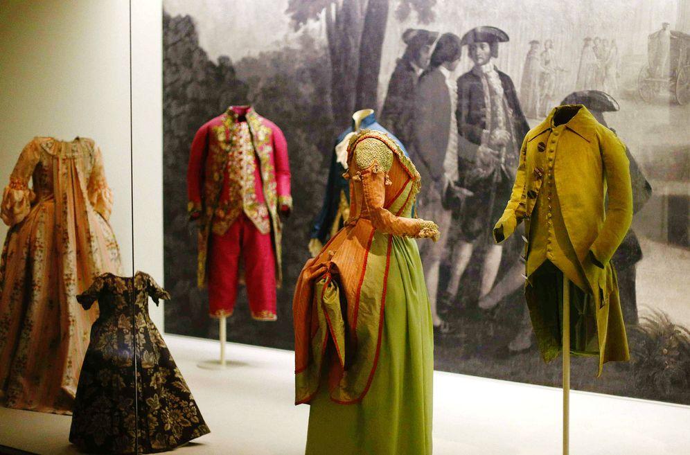 Foto: Parte de la exposición del Museo del Traje. (EFE)