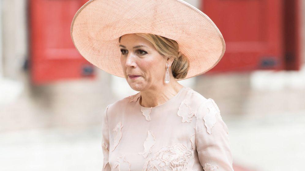 Foto:  Máxima de Holanda, con uno de sus colores fetiches. (Gtres)