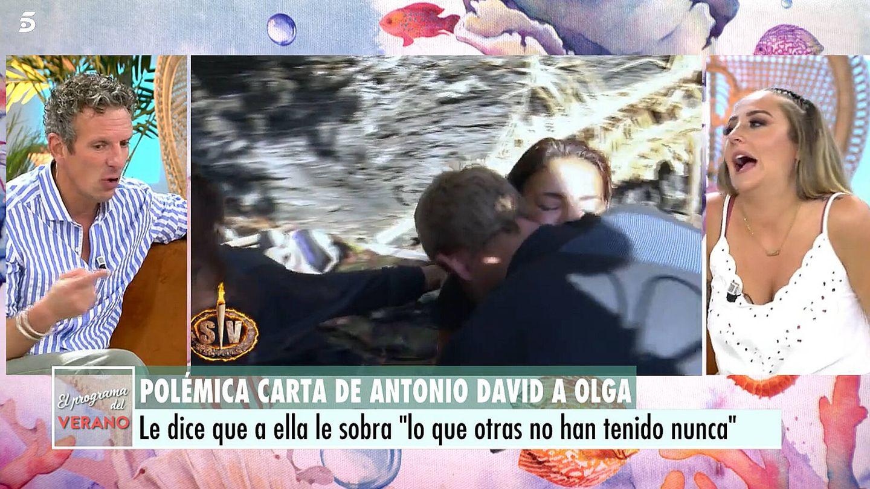 Joaquín Prat y Rocío Flores, en 'El programa de AR'. (Telecinco)