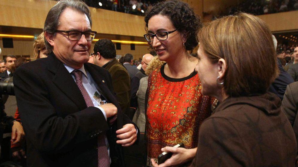 Foto: Artur Mas y Marta Rovira en una foto de archivo junto a Carme Forcadell. (EFE)