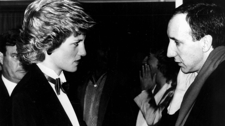 La princesa Diana con Peter Townsend, guitarrista de The Who, en 1985. (Cordon Press)