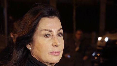 La familia real, ausente en el multitudinario funeral de Carmen Franco