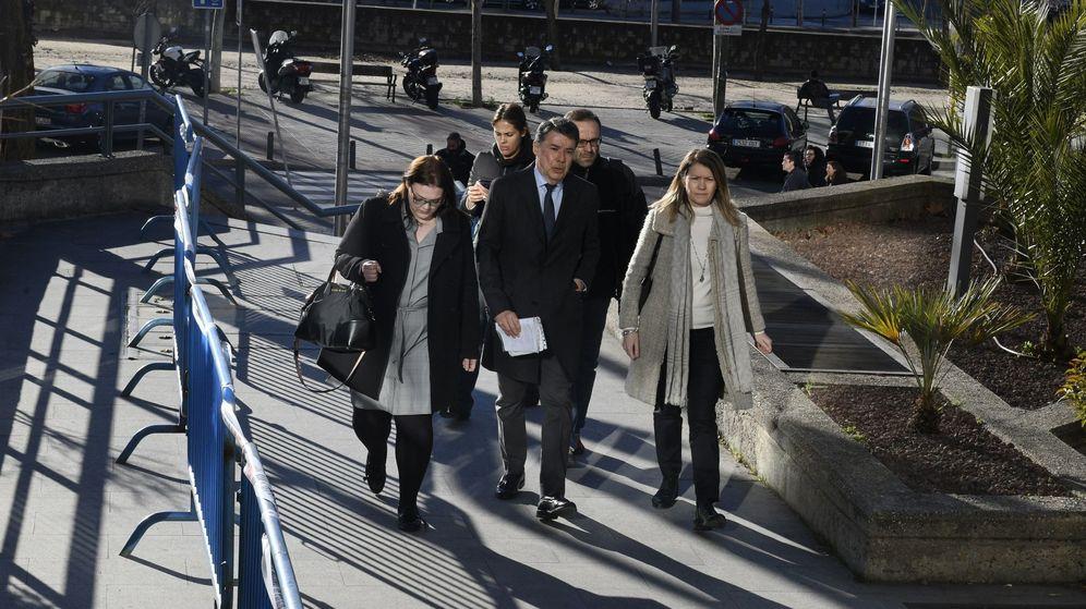 Foto: Ignacio González antes de entrar a declarar en caso espías. (EFE)