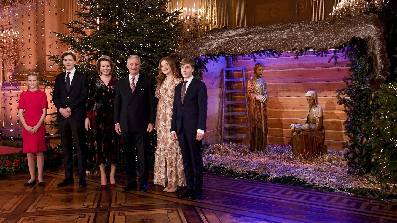 La familia real posa antes del concierto navideño. (Cordon Press)