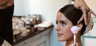 Post de Nos colamos entre bambalinas: así han peinado y maquillado a Sofía Palazuelo