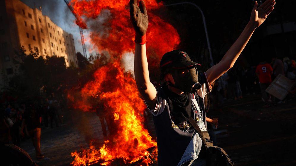 Foto: Décimo tercer día de protestas en Chile (EFE)