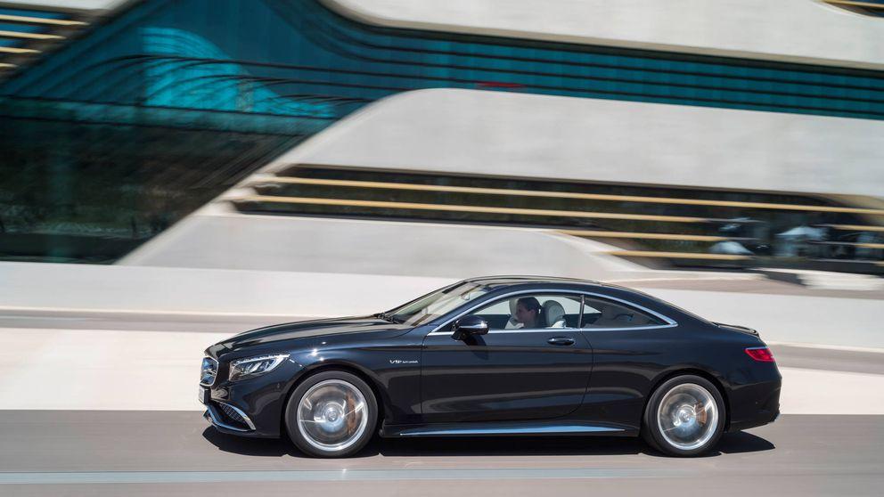 Tesla no está solo: los coches autónomos que ya puedes (o podrás) comprar
