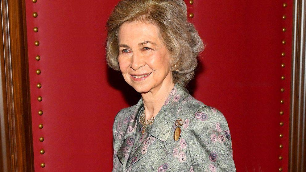 La reina Sofía vuelve a la agenda oficial por la puerta grande