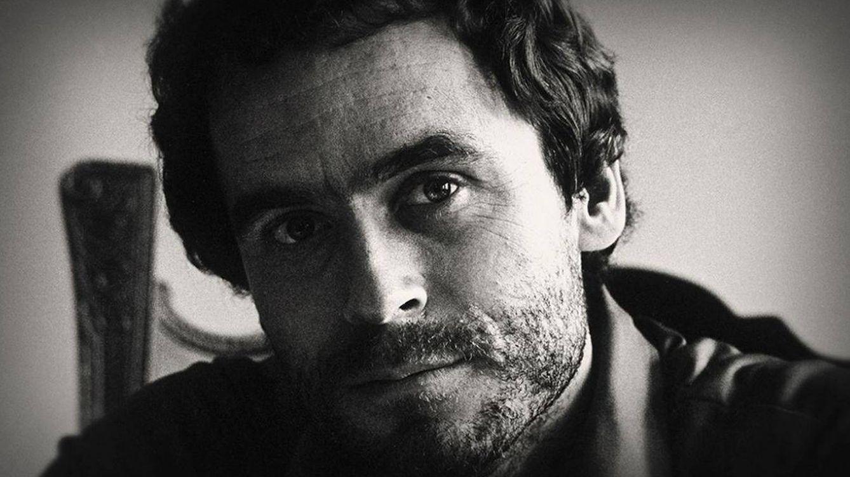 'Las cintas de Ted Bundy', la otra cara del mayor asesino de mujeres en EEUU (Netflix)
