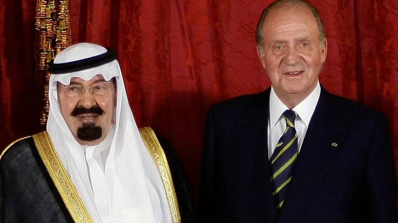 El rey Juan Carlos, junto al monarca saudí Abdalá bin Abdelaziz en 2008. (Reuters)