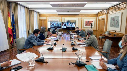 Sanidad oculta las actas de las reuniones del Consejo Interterritorial durante la pandemia