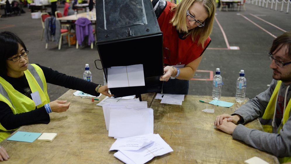 Foto: 'El Confidencial' te explica cómo se hace el escrutinio de votos (EFE)