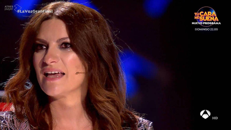 El himno del confinamiento y Paula Espinosa sacan las lágrimas a Laura Pausini en la final de 'La voz': Resiste sin su madre