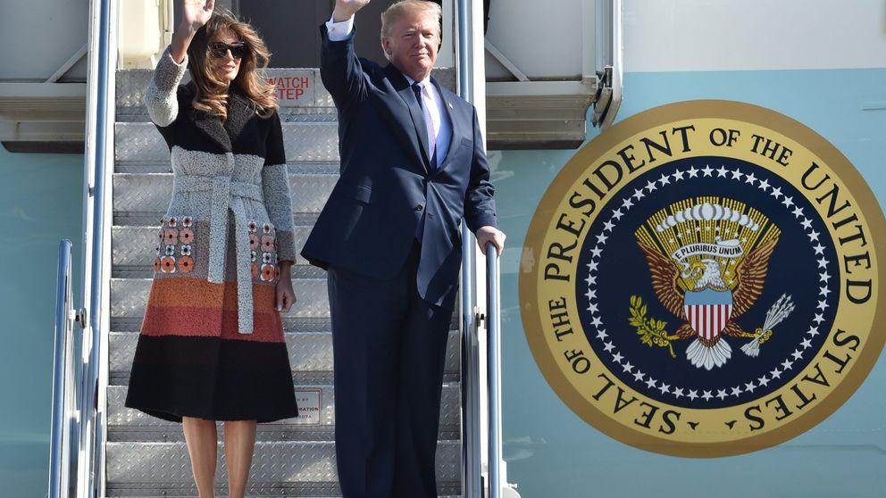 Melania Trump aterriza en Japón con un abrigo valorado en más de 4.000 euros