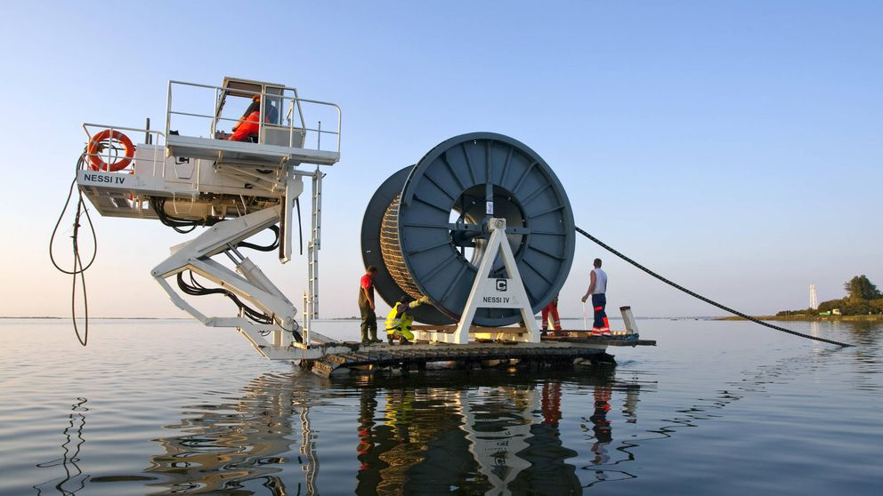 6.600 km bajo el océano: un gigantesco cable submarino unirá Bilbao y EEUU