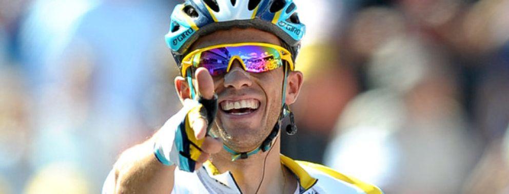 Foto: Contador gana la etapa y se pone líder del Tour