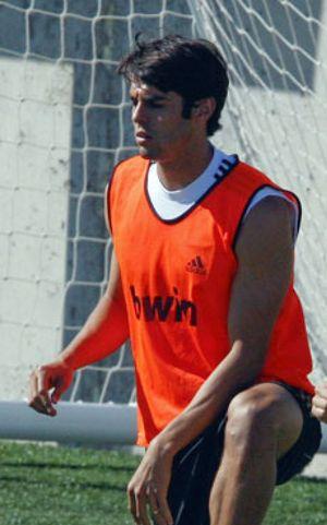 Kaká se cae de la convocatoria por lesión, vuelven Khedira y Lass
