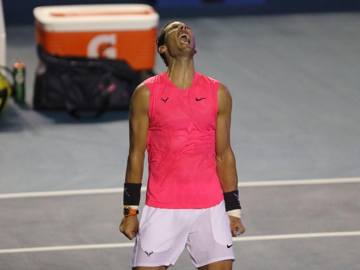 Foto: Rafa Nadal, desatado tras vencer a Dimitrov y pasar a la final del Abierto de Acapulco. (EFE)