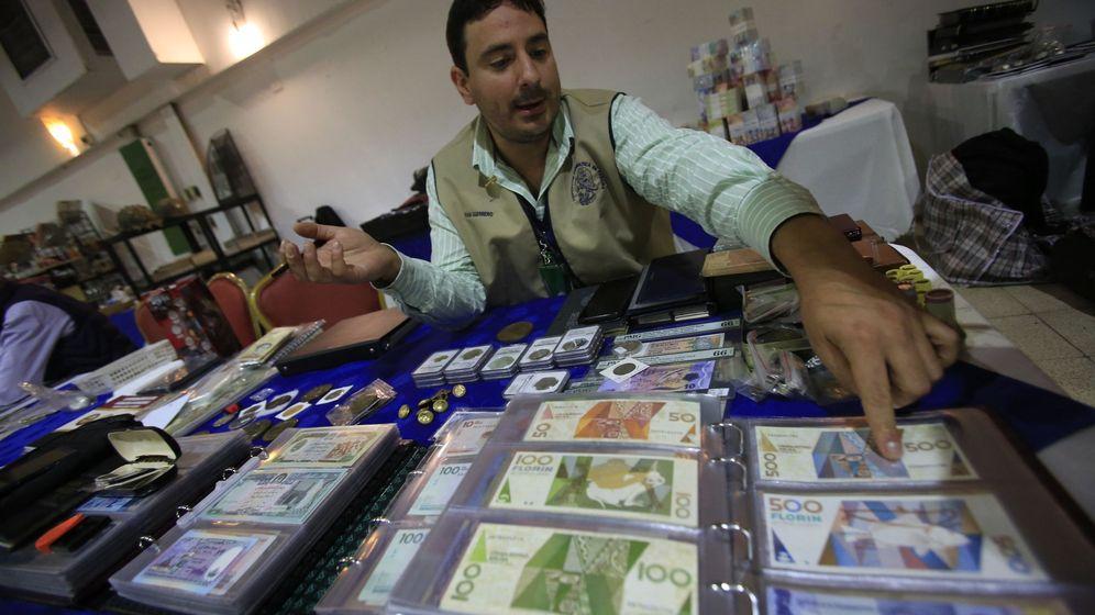 Foto: Bolívar venezolano halla un valor apetecible entre coleccionistas de monedas