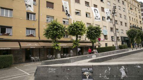 Vitoria multa con 1.243 euros a la asociación que honró al asesino de Buesa en su revista