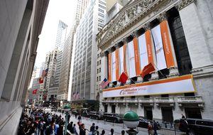 Una tromba de buenas previsiones llega a una Alibaba en máximos