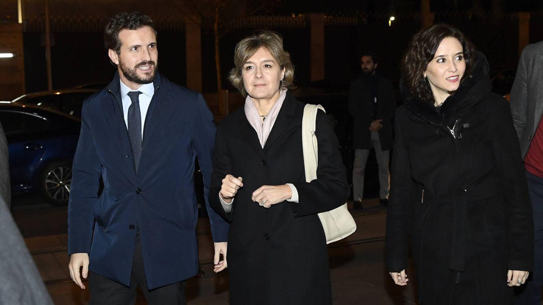 De Pablo Casado a Álvarez de Toledo: todos con Rajoy en el funeral por su hermana