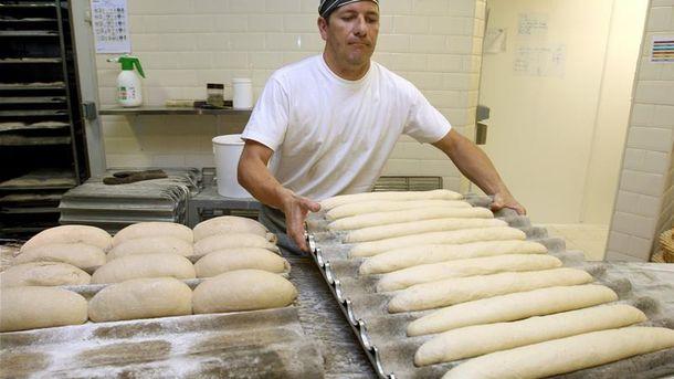 Foto: Xavier Barriga, uno de los mejores panaderos de España. (EFE)