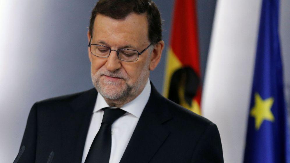 Foto: Rajoy durante la rueda de prensa. (Reuters)