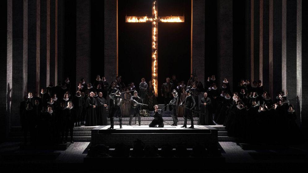 Foto: 'Don Carlo', de Verdi, en el Teatro Real. (Javier del Real)