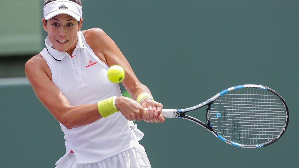 Foto: Garbiñe, durante el partido contra Wozniacki. (Reuters)